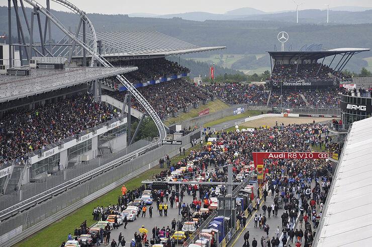 24h Rennen Nürburgring 2011 Atmosphäre Start