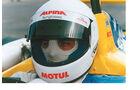 Abt mit Helm