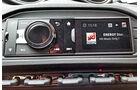Alfa Romeo 4C, Porsche Cayman S, Infotainment