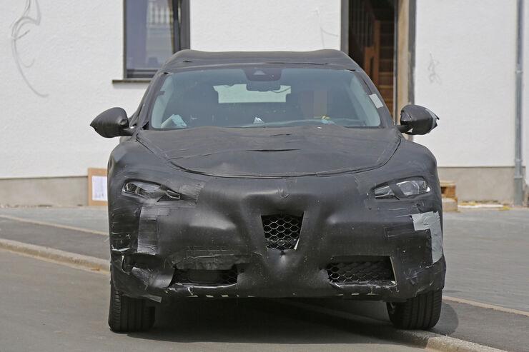 Alfa-Romeo-Stelvio-Erlkoenig-fotoshowBig-43255b5e-946890