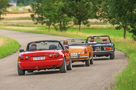 Alfa Spider, Mazda MX-5, MGB, Heckansicht
