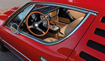 Armaturenbrett des Alfa Romeo Montreal