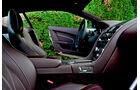 Aston Martin DB9, Cockpit, Lenkrad