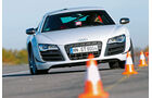 Audi R8 GT, Frontansicht, Slalom