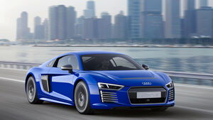 Audi R8 e-tron piloted driving - CES Asia 2015