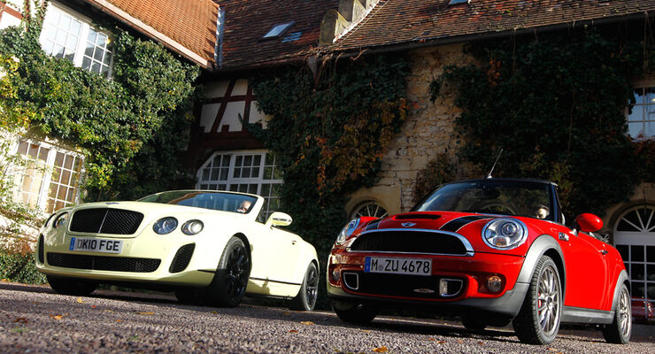 Bentley Continental Supersports Convertible trifft Mini John Cooper Works Cabriolet
