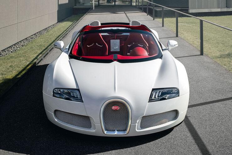 bugatti veyron wei long auf der auto china 2012 auto motor und sport. Black Bedroom Furniture Sets. Home Design Ideas