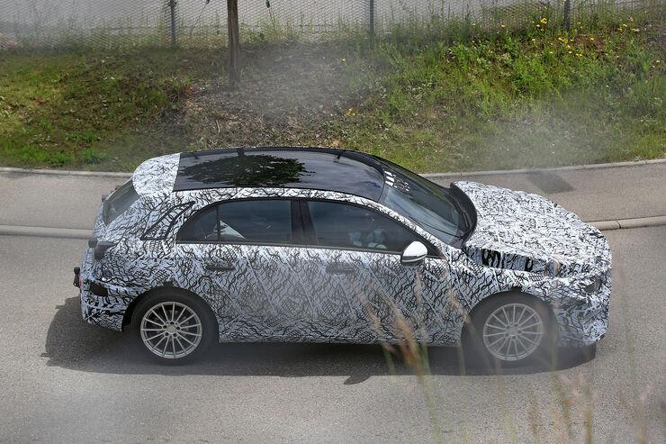 Erlkoenig-Mercedes-A-Klasse-fotoshowBig-f9e9c05-955390
