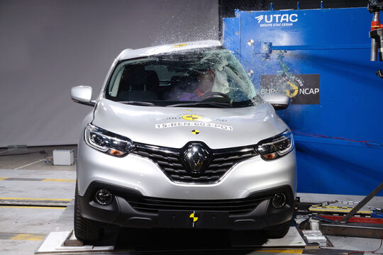 renault kadjar crash test euroncap 2015 autos post. Black Bedroom Furniture Sets. Home Design Ideas