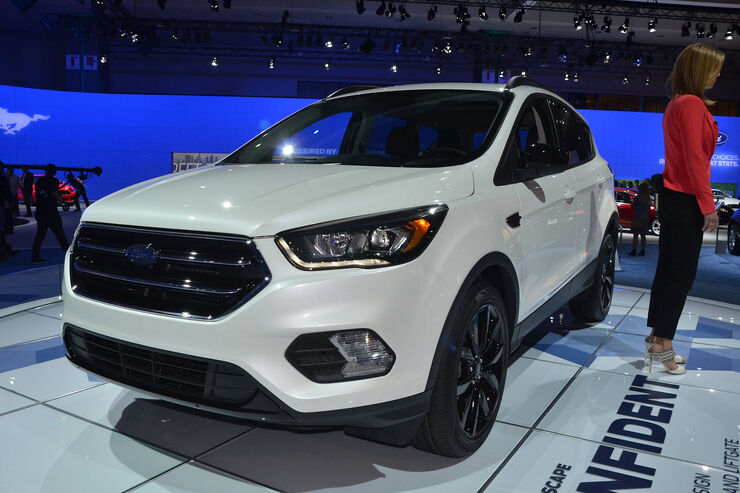 ford escape facelift la autoshow neues gesicht f r den. Black Bedroom Furniture Sets. Home Design Ideas