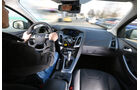 Ford Focus 2.0 TDCi, Cockpit, Lenkrad