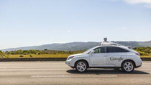 Google sieht schon in sechs Jahren selbstfahrende Autos auf den Straßen.