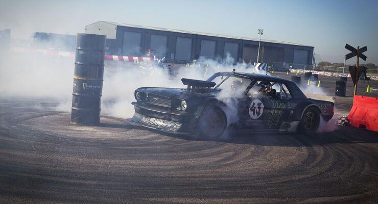 Ken Block, Castrol Experience, Drift, Gymkhana, Santa Pod Raceway, 01/2016
