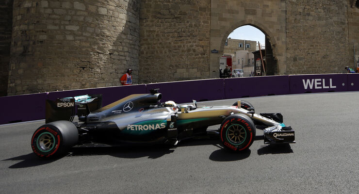 http://imgr1.auto-motor-und-sport.de/Lewis-Hamilton-GP-Aserbaidschan-2016-articleDetail-85c0b7d9-958091.jpg