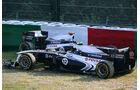Maldonado Barrichello Williams GP Japan 2011