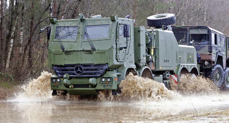 Mercedes Actros 8x8 Militär