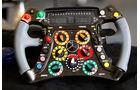 Mercedes Lenkrad W02 2011