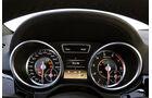 Mercedes ML 63 AMG 2012 Test