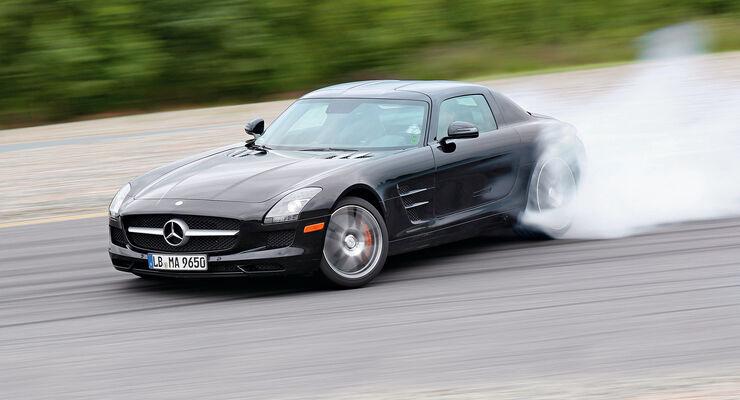 Mercedes SLS AMG E-Cell, Seitenansicht, Driften