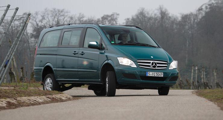 Mercedes Viano 2.2 CDI 4matic, Kurvenfahrt