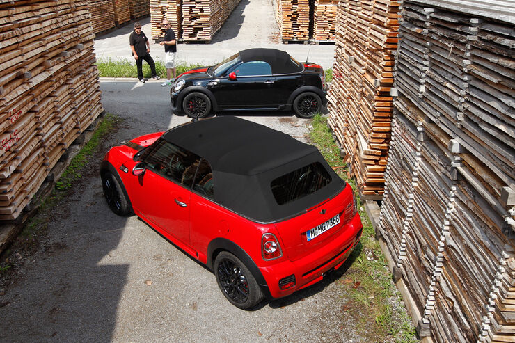 mini jcw cabrio gegen roadster open air minis im. Black Bedroom Furniture Sets. Home Design Ideas