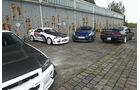 Nissan GT-R, verschiedene Modelle, Parkplatz