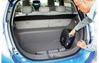 Nissan Leaf, Kofferraum, Ladekabel