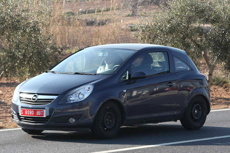 Opel Allegra Erlkönig
