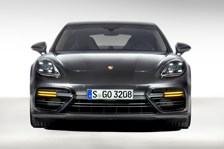 Porsche-Panamera-Turbo-fotoshowBig-a06c1