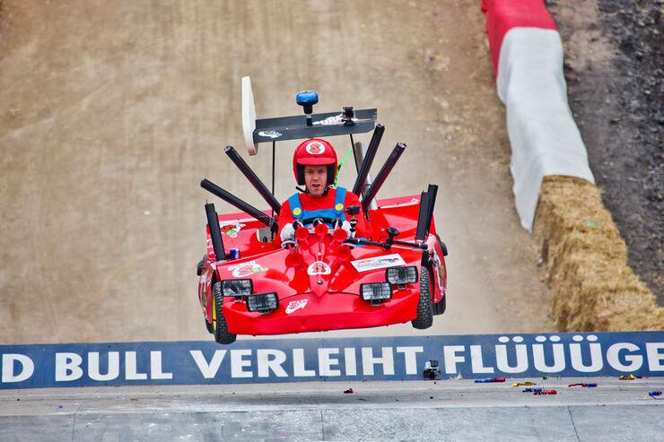 Sebastian Vettel - Red Bull Seifenkisten Rennen 2013
