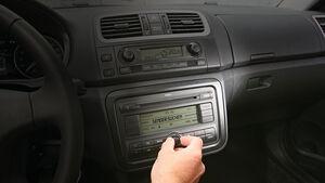 Skoda Fabia, Radio