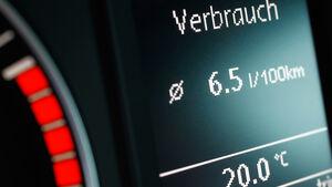 VW Scirocco 1.4 TSI, Verbrauch, Detail, Bildschrim, Anzeige