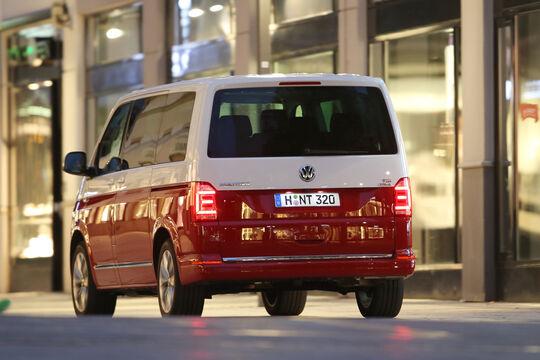 VW T6 Multivan 2.0 TDI, Heckansicht