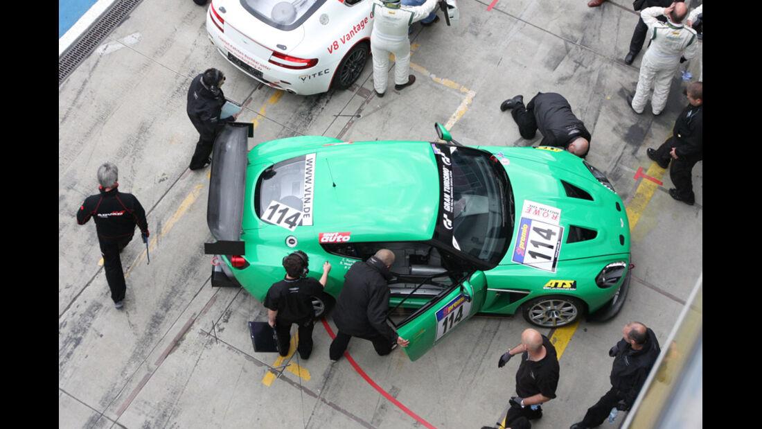 #114, Boxengasse, VLN, Langstreckenmeisterschaft, Nürburgring