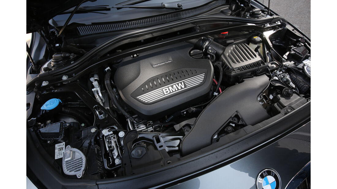 BMW 118d, Motorraum