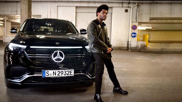 """""""Enjoy Electric."""" – Die Kampagne zum Mercedes-Benz EQC: Eine neue Ära der Mobilität mit Weltstar und Creative Director The Weeknd""""Enjoy Electric."""" – The campaign for the Mercedes-Benz EQC: A new era of mobility with global star and Creative Di"""
