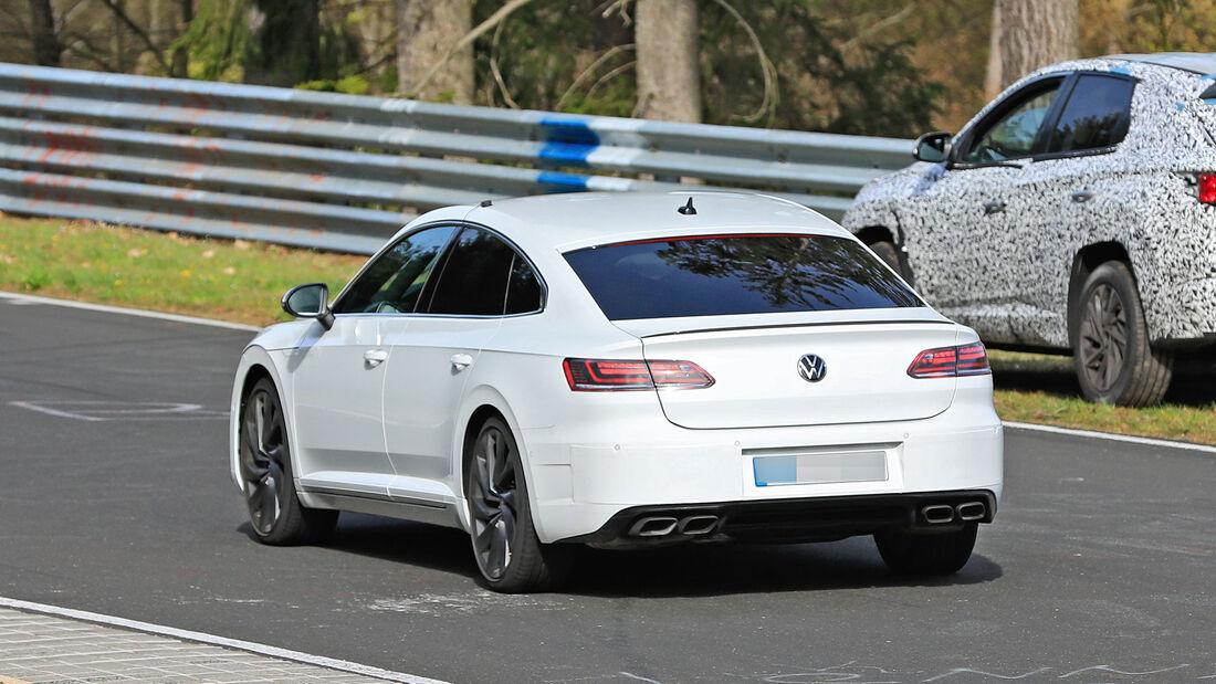 Erlkönig VW Arteon R