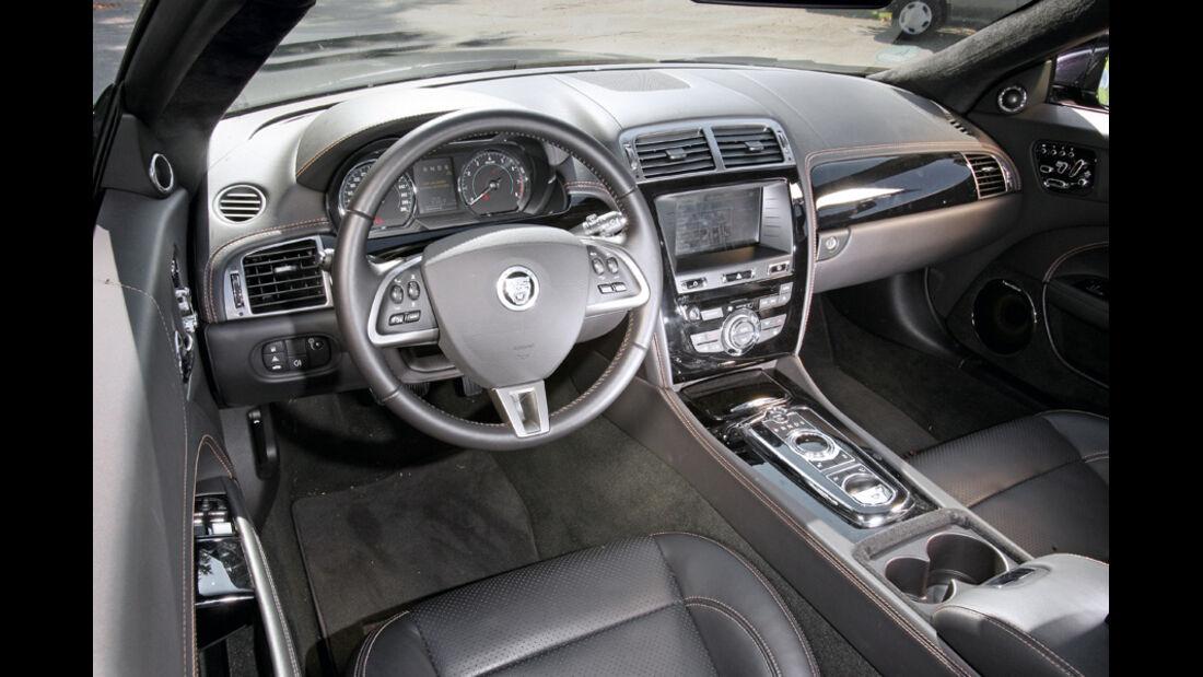 Jaguar XK 5.0 V8 Portfolio, Cockpit