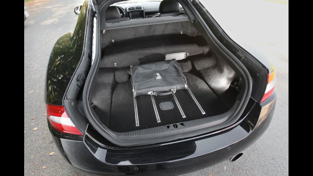 Jaguar XK 5.0 V8 Portfolio, Kofferraum