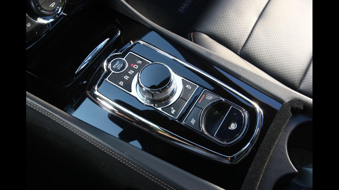 Jaguar XK 5.0 V8 Portfolio, Mittelkonsole