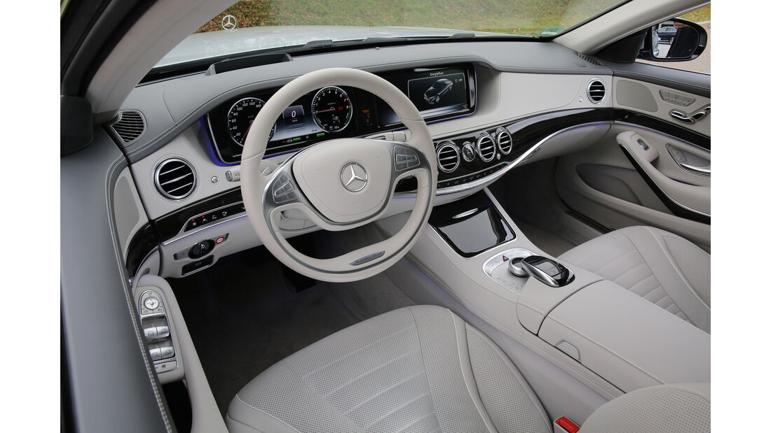 Mercedes S 500 e, Cockpit