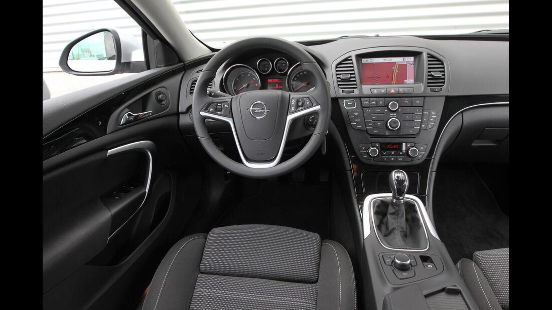 Opel Insignia 1.4 T,  Opel Insignia 2.0 CDTi, Cockpit