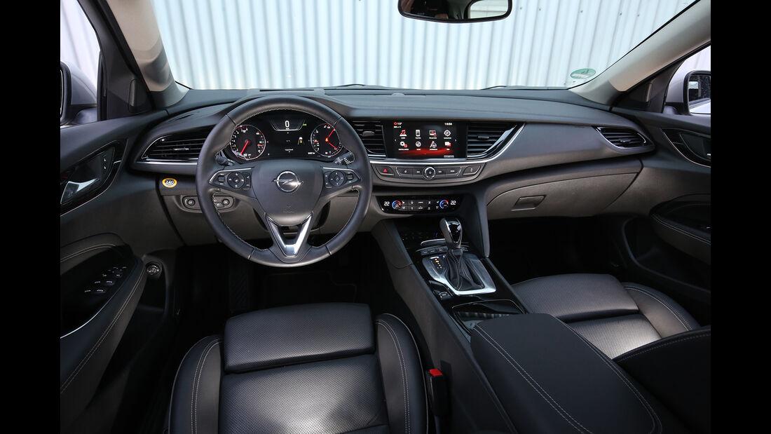 Opel Insignia Sports T. 2.0 DI, Interieur