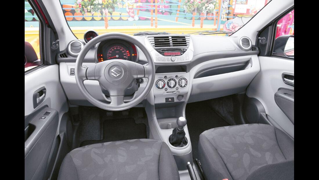 Suzuki Alto 1.0 Club, Cockpit, Lenkrad