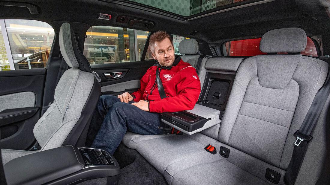 Volvo V64