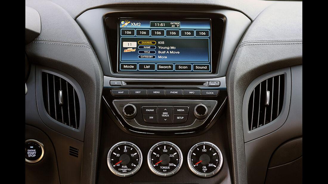 01/2012, Hyundai Genesis Coupé 2012, Detroit, Innenraum