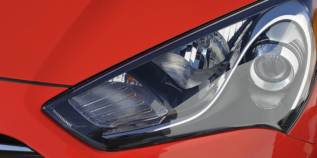 01/2012, Hyundai Genesis Coupé 2012, Detroit, Scheinwerfer