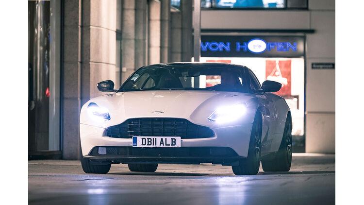 Aston Martin Db11 V8 4 0 Coupé Im Test Auto Motor Und Sport