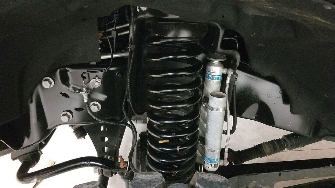 01/2020, 2017 Ford F-550 Super Duty Indomitus