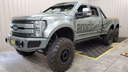 01/2020, 2017 Ford F-550 Super Duty Indomitus